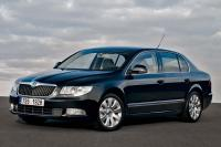 ... .com/images/Skoda/Superb-2008/Exterieur/Skoda_Superb_2008_017.jpg