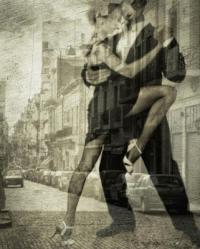 """♥ღ♥Ты заиграл знакомые аккорды<br /> """"Меня на этот танец пригласи"""".<br /> Пусть мы с тобою лишь едва знакомы,<br /> Но танго нам расскажет о любви.</p> <p>♥ღ♥Твои глаза мне обжигают душу,<br /> Прижми к себе сильней,не дай упасть.<br /> Я ни одним намеком не нарушу<br /> Бушующую,в ритме танца, страсть.</p> <p>♥ღ♥Твоя рука ласкает нежно кожу,<br /> Лишь на мгновение мир вокруг затих.<br /> И сердцу так приятно и тревожно,<br /> Ведь это танго только для двоих.</p> <p>♥ღ♥Вновь поворот,но ты не отпускаешь,<br /> То оттолкнешь,а то прижмешь к груди.<br /> И взгляд мой,откровением встречаешь,<br /> А я готова за тобой идти.</p> <p>♥ღ♥Еще одно движение,как интрига<br /> Нас закружила музыки игра.<br /> Наш танец,как прочитанная книга,<br /> Но друг для друга,не нужны слова."""