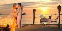 Нежность...<br /> Она не бывает фальшивой и громкой...<br /> Льется из сердца,в котором любовь обжилась...<br /> Эти касанья души,как ладошки ребенка...<br /> Истинной нежности вечно завидует страсть...<br /> Страсть как свеча...Отгорела свое и погасла...…<br /> Нежность от теплой любви будет вечно пылать...<br /> Искренность,нежность,любовь-это трио прекрасно!...<br /> В сердце аккорды вовек не устанут звучать...</p> <p>Доброго нежного ласкового и уютного вам вечера милые мои друзья ! Романтики и любви...приятного общения..!!! Еще